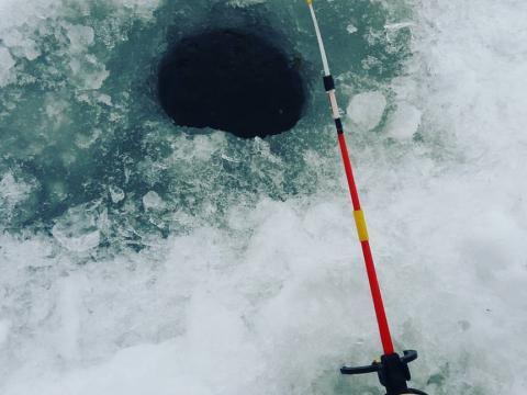 Зимняя рыбалка в горном алтае
